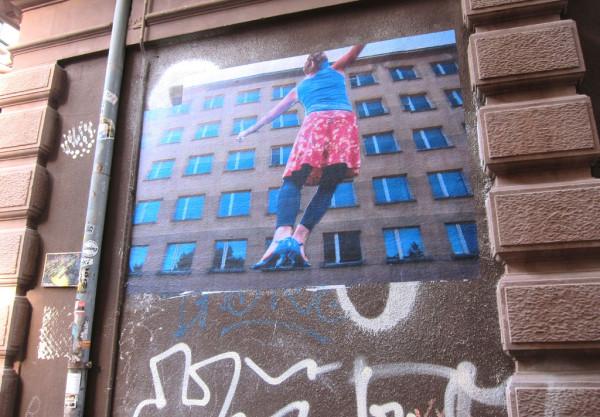 Frau-und-Fenster-074